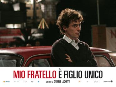Miofratello_sfondo05_1280
